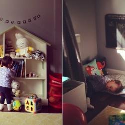Libros y juguetes accesibles, ademas de un rincón para la siesta.